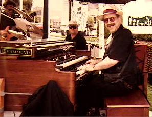 HammondCast Radio Show Host Jon Hammond at 1965 B3 Organ