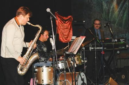 Igor Butman tenor sax, Eduard Zizak drums, Jon Hammond organ